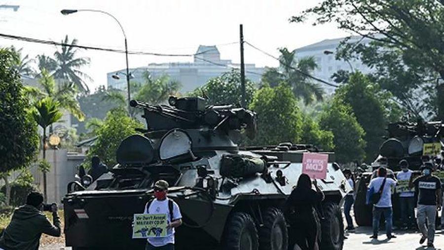Mỹ tuyên bố sắp có biện pháp mới trước việc người biểu tình Myanmar bị đàn áp