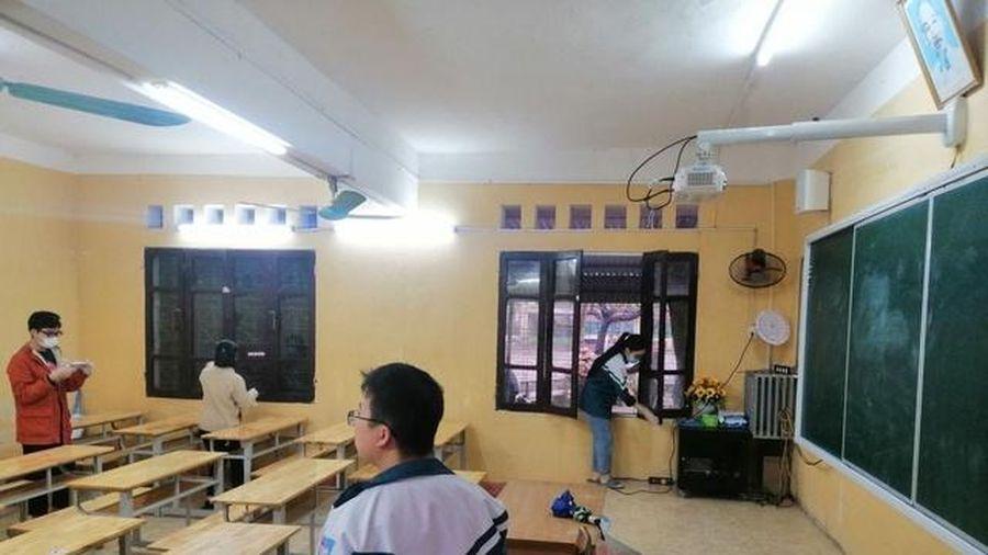 Hơn 300.000 học sinh trên địa bàn tỉnh Hưng Yên đi học trở lại
