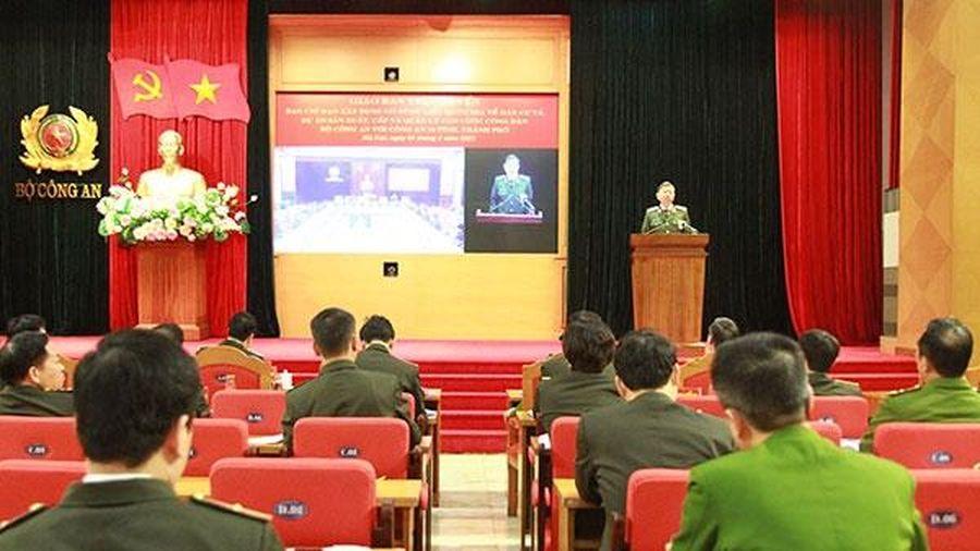 Nhiều đơn vị thuộc Công an Hà Nội có những sáng kiến, cách làm hay, đẩy nhanh việc thu nhận hồ sơ cấp CCCD