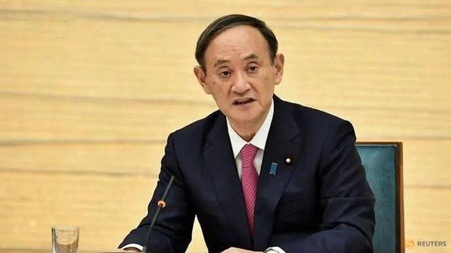 Phát ngôn viên chính phủ Nhật từ chức vì ăn tối cùng con trai Thủ tướng Suga