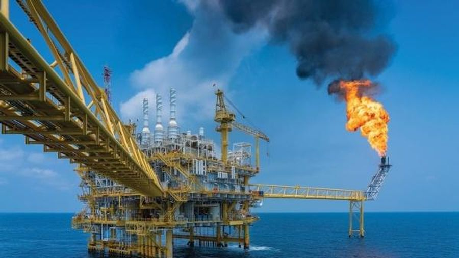 Chứng khoán 1/3: VN – Index tăng gần 18 điểm, nhóm cổ phiếu Dầu khí tăng mạnh mẽ