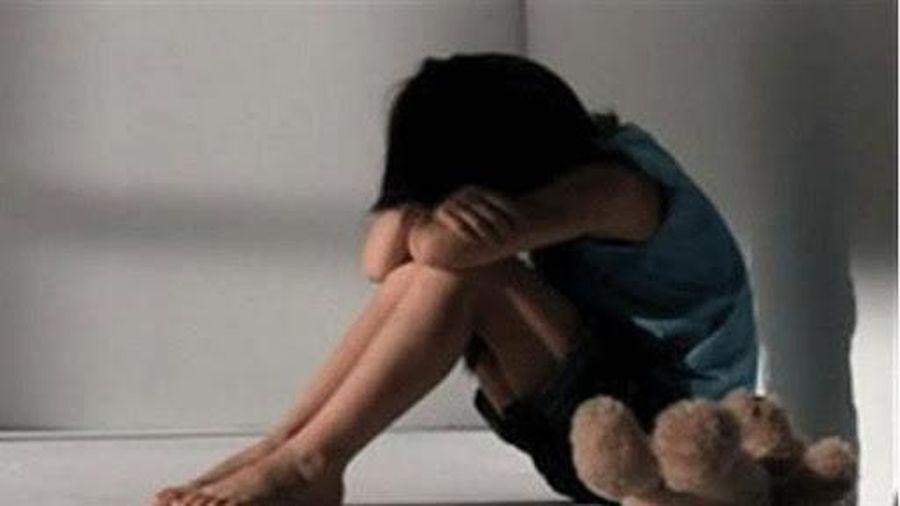 'Bố mẹ có lối sống lệch lạc, phóng túng khiến trẻ dễ bị bạo hành, xâm hại'