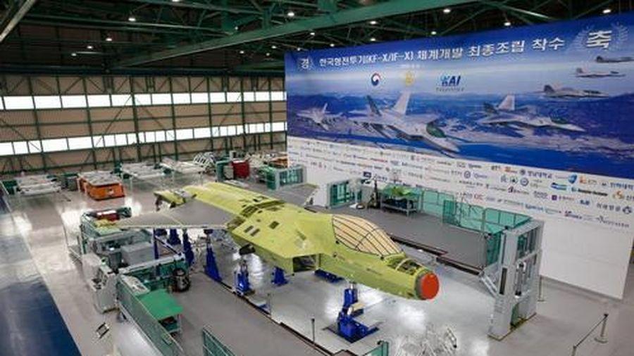 Hàn Quốc ra mắt mẫu máy bay chiến đấu chế tạo trong nước vào tháng 4