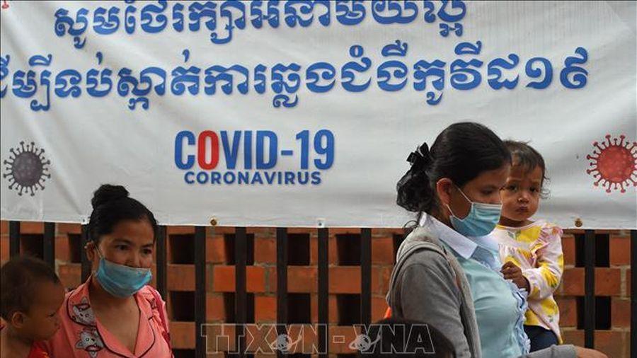 Campuchia luật hóa các biện pháp phòng chống dịch COVID-19