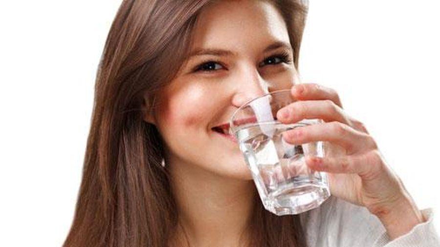 Thời điểm bạn tuyệt đối không được uống nước