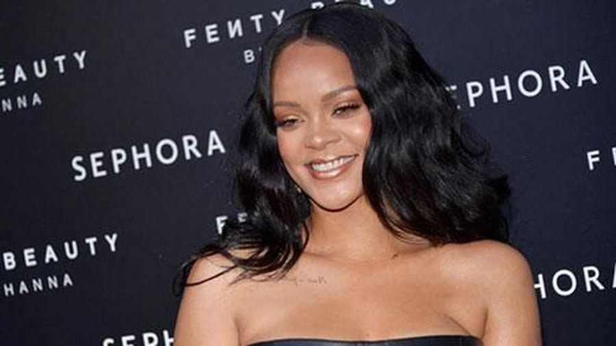 'Nữ hoàng nhạc số' Rihanna trở thành ngôi sao nhạc pop giàu có nhất hành tinh