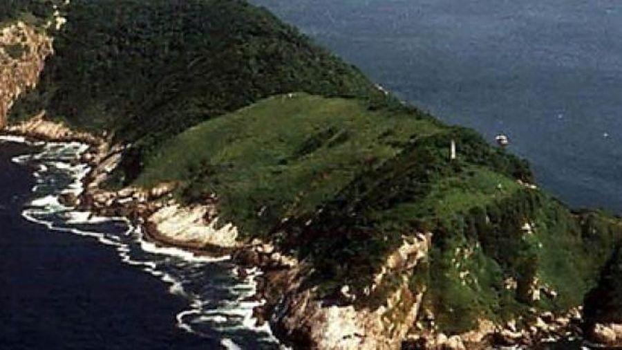 Bí mật đáng sợ ở hòn đảo đẹp mê hồn nhưng không ai dám bén mảng