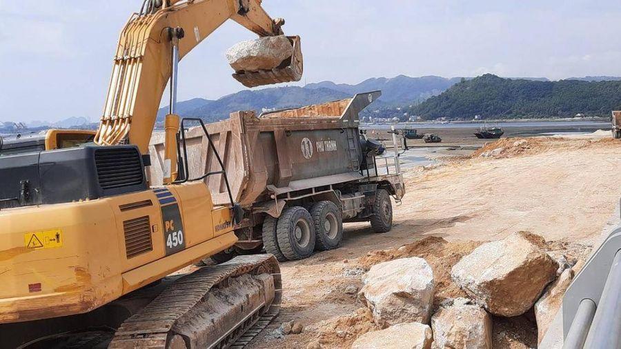 Doanh nghiệp 'bức tử' vịnh Bái Tử Long: Bao giờ hoàn trả bãi triều xưa?