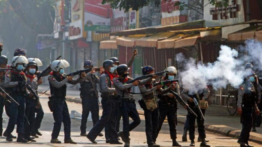 Mỹ chuẩn bị trừng phạt thêm với Myanmar sau ngày biểu tình đẫm máu
