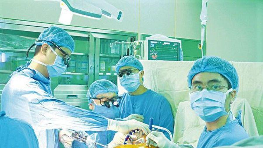 Phẫu thuật Tim nội soi và ít xâm lấn nhận giải thưởng 'Thành tựu Y khoa Việt Nam 2020'