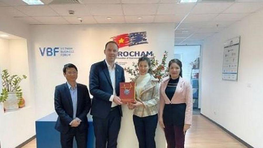 Ái nữ của Bí thư tỉnh Vĩnh Phúc trở thành Phó Giám đốc Sở Kế hoạch và Đầu tư trẻ nhất Việt Nam