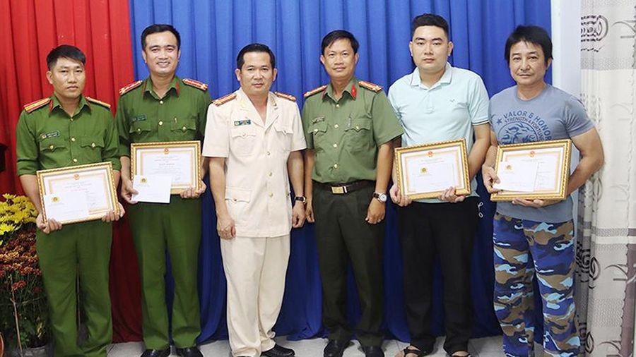 An Giang: Những cán bộ, chiến sĩ nêu cao tinh thần vì nhân dân phục vụ
