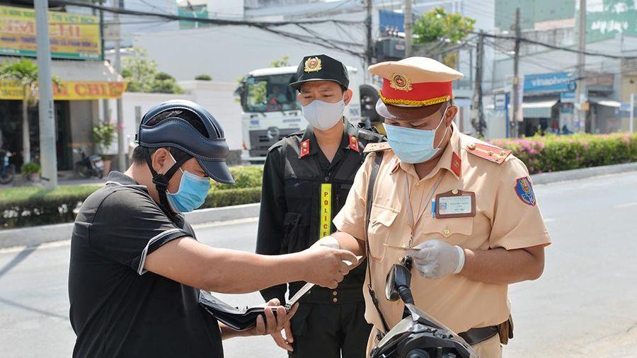 An Giang: Xử phạt hành chính 889 trường hợp vi phạm trật tự an toàn giao thông