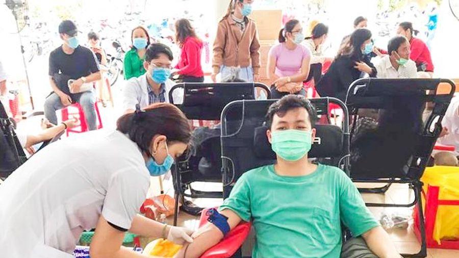 Ninh Hòa: Hơn 500 người tham gia hiến máu tình nguyện