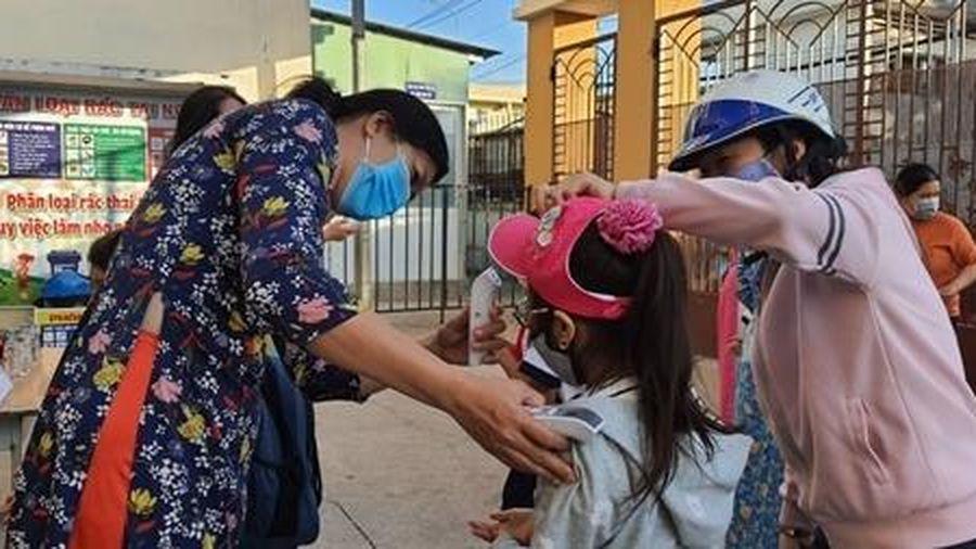 1,7 triệu học sinh TP Hồ Chí Minh quay trở lại trường học