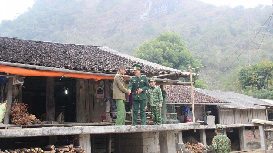 Những công dân đặc biệt của xóm núi Nà Thúng