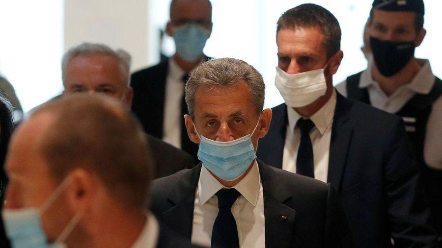 Cựu Tổng thống Pháp Nicolas Sarkozy bị kết án 3 năm tù