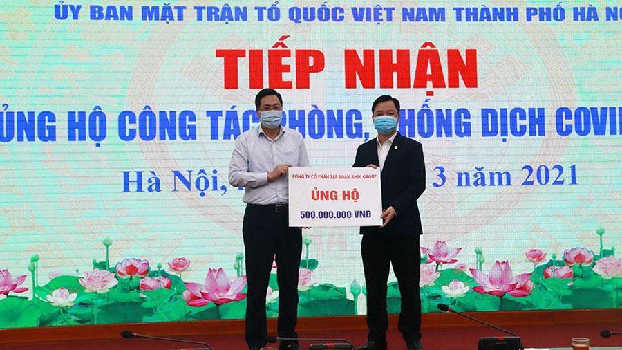 Hà Nội tiếp nhận 3,36 tỷ đồng ủng hộ phòng, chống dịch Covid-19
