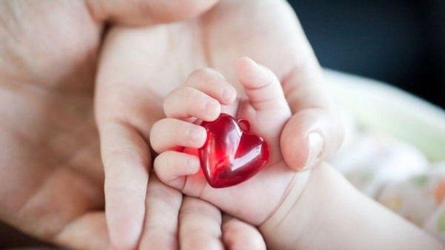 Trẻ mắc tim bẩm sinh cần lưu ý gì?