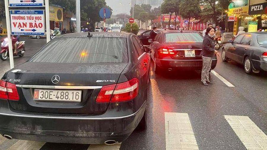 Từ việc 2 xe Mercedes cùng biển số 'chạm mặt': Xe dùng biển giả bị xử lý ra sao?