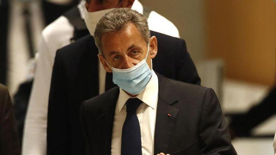 Cựu Tổng thống Pháp Sarkozy bị 3 năm tù vì tội tham nhũng