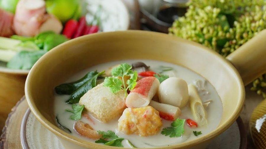 Học nấu canh hải sản kiểu Thái