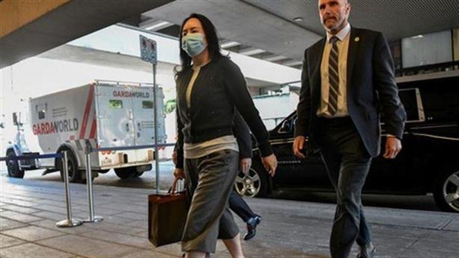 Vụ kiện CFO Huawei Mạnh Vãn Châu: Luật sư phản công Mỹ