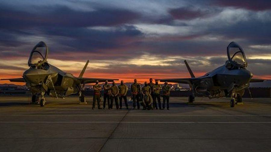 Mỹ muốn máy bay hạng nhẹ khắc phục nhược điểm F-35
