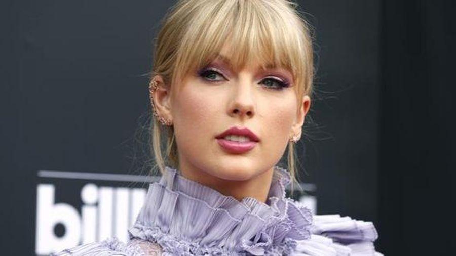 Taylor Swift chỉ trích Netflix đùa 'hèn hạ' chuyện tình ái của cô