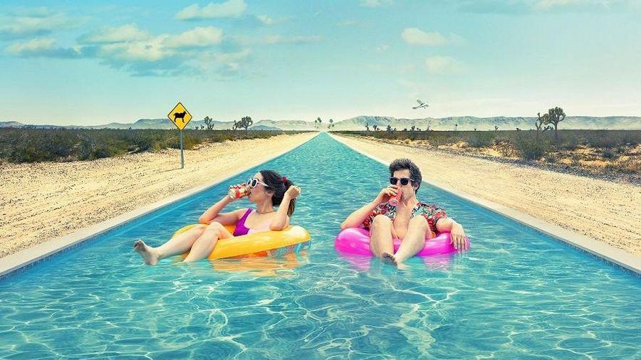 Nếu năm 2021 là một bộ phim thì đó chính là 'Palm Springs: Mở mắt thấy hôm qua'