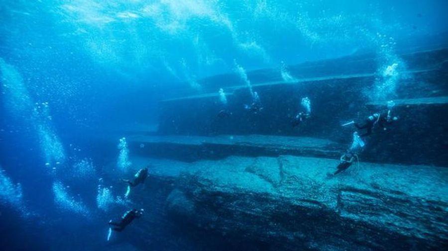 Kỳ bí cấu trúc giống kim tự tháp dưới đáy biển Bồ Đào Nha