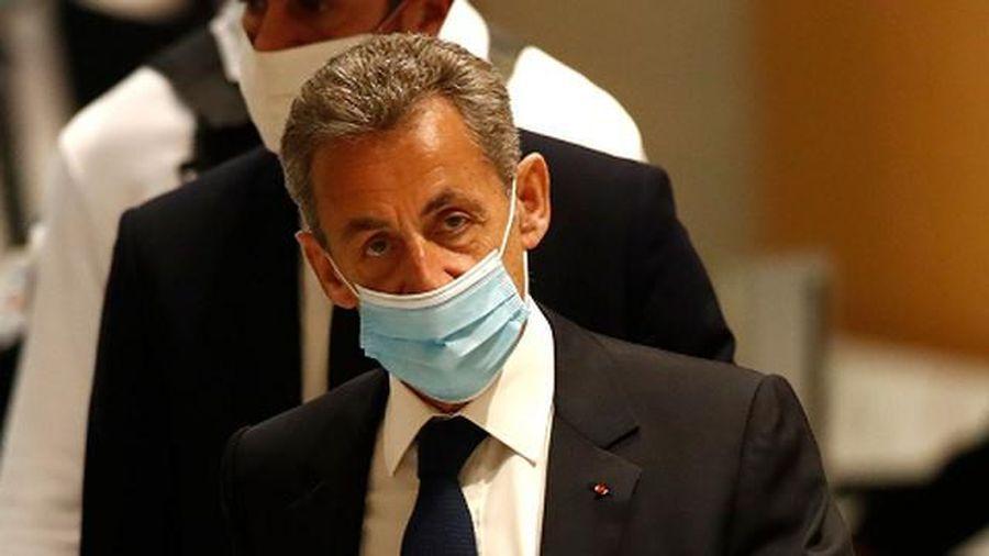 Vì sao cựu TT Pháp Nicolas Sarkozy bị kết án 3 năm tù?