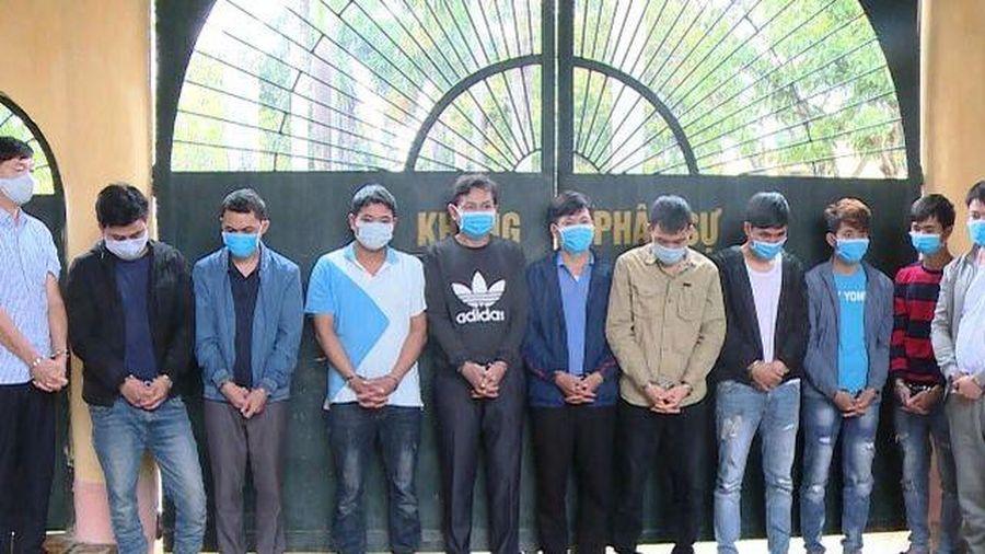 Thanh Hóa: Bắt giữ 11 người thuê phòng hát karaoke đánh bạc