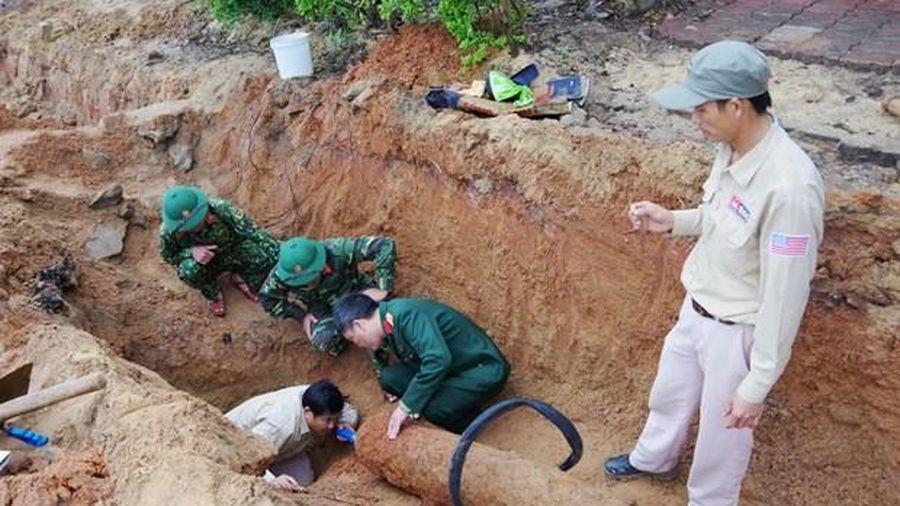 Quảng Bình: Phát hiện quả bom nặng 227kg, dài 1,54m trong khu dân cư