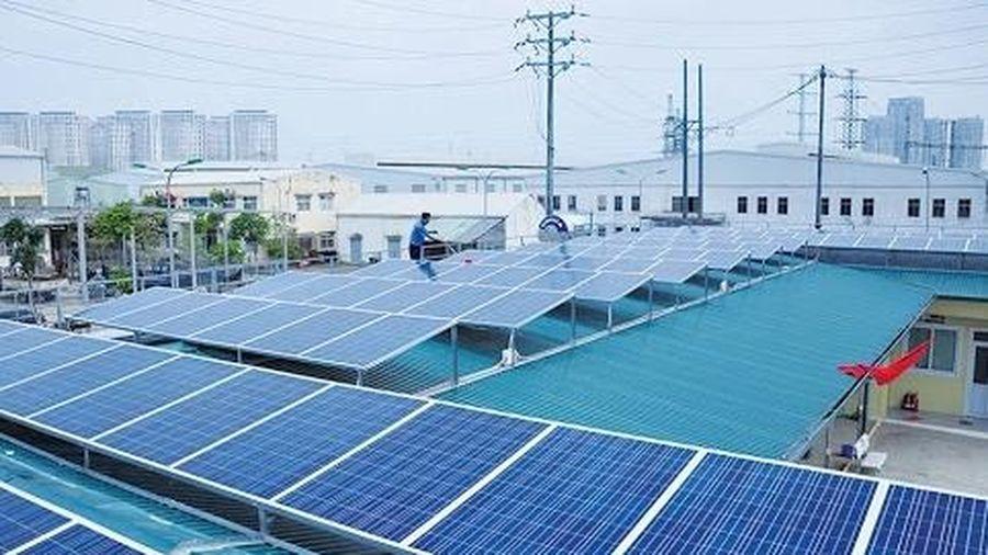 Hà Nội triển khai 4 nhóm giải pháp phát triển điện mặt trời mái nhà