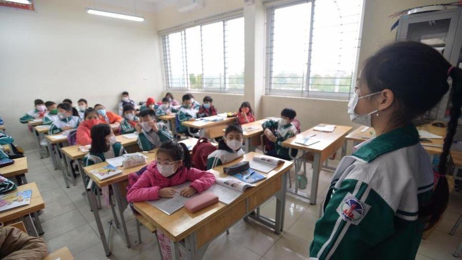 Hà Nội ổn định nề nếp học ngay từ ngày đầu quay lại trường
