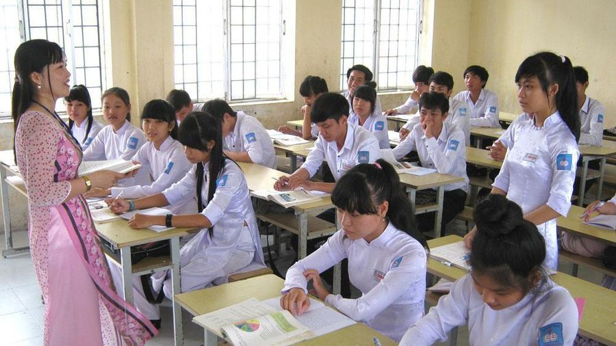 Giáo viên phổ thông thành phố Hồ Chí Minh bức xúc vì Sở hoãn thăng hạng