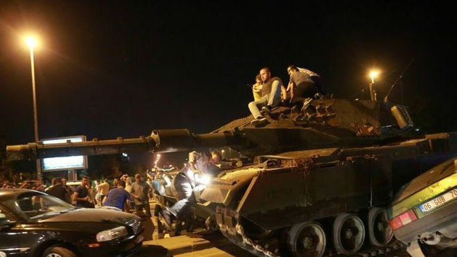 Thổ Nhĩ Kỳ tiếp tục truy tố những người tham gia đảo chính quân sự