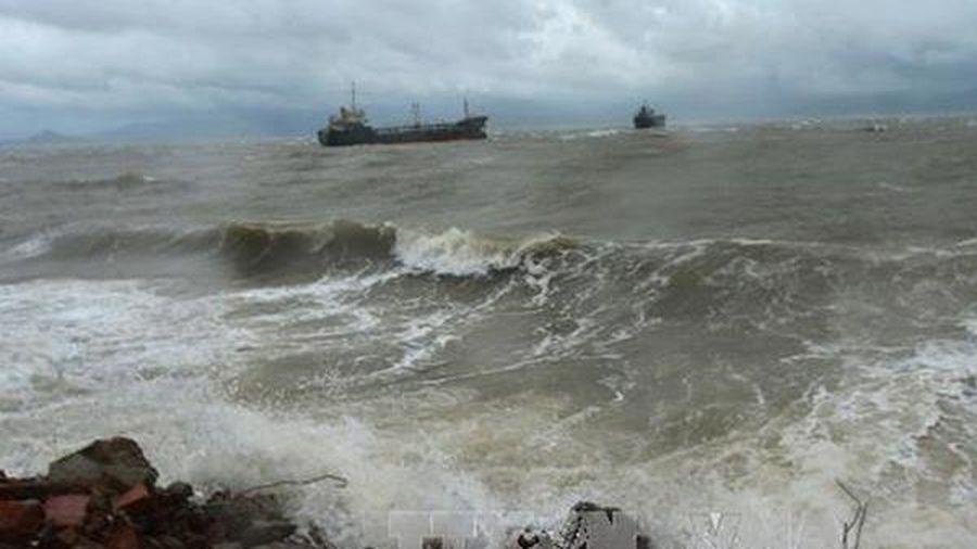 Cảnh báo gió mạnh và sóng lớn trên biển