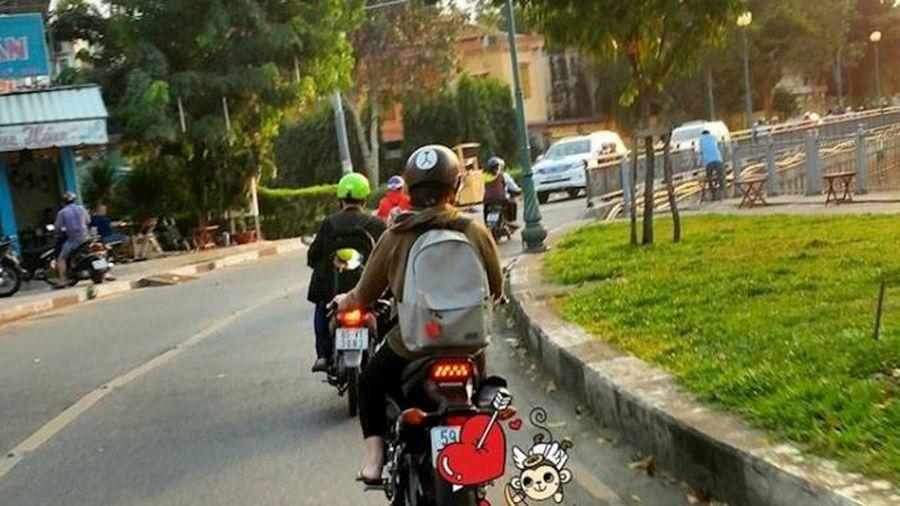 Dừng đèn đỏ với xe côn tay thế nào cho an toàn?