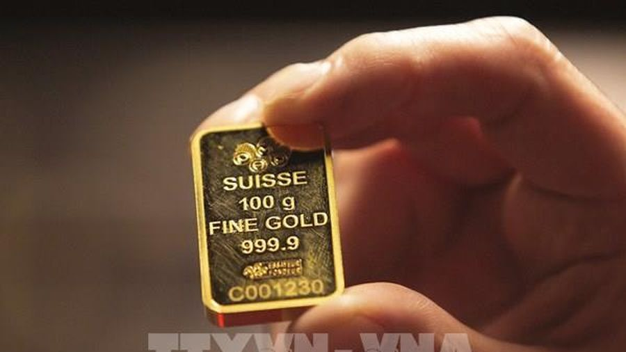 Giá vàng châu Á chiều 2/3 giảm xuống mức thấp nhất trong 8 tháng rưỡi