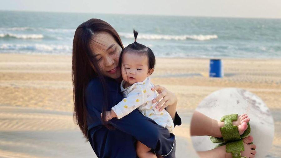 Đàm Thu Trang lấy vỏ bưởi làm phụ kiện cho con gái, fan bất ngờ trước công dụng thần kỳ