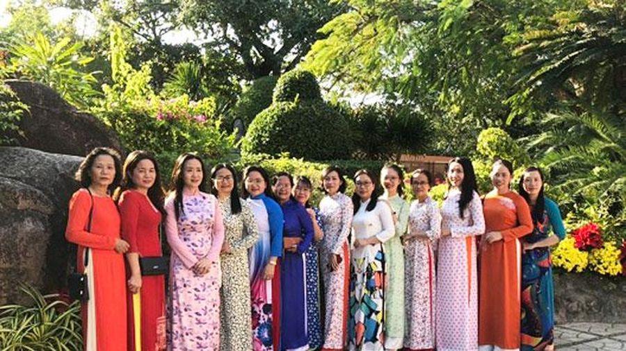 Từ ngày 1 đến 8-3: Phụ nữ Khánh Hòa hưởng ứng 'Tuần lễ áo dài'