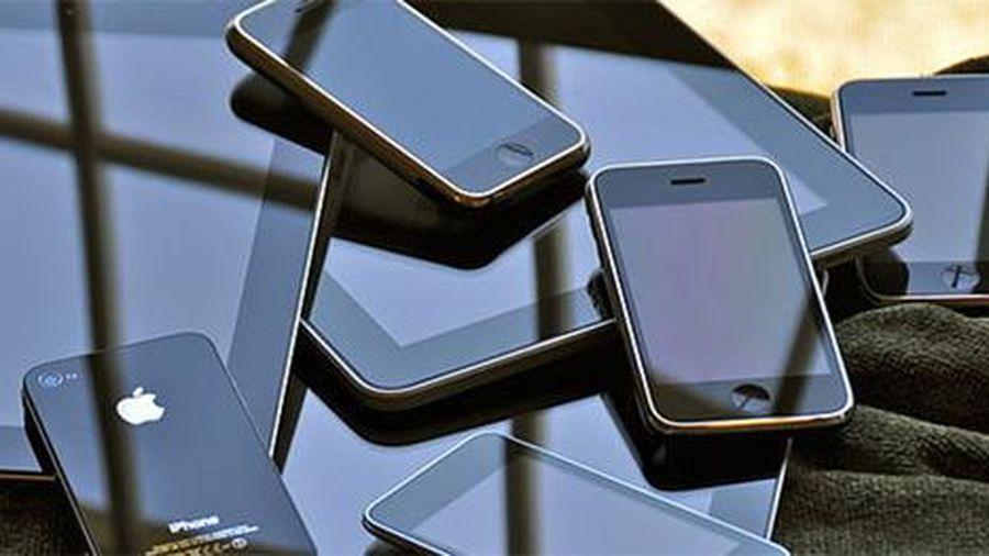 Trói nạn nhân cướp iPhone khi mua dâm trong khách sạn