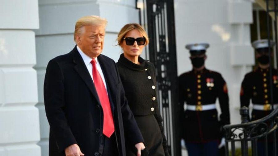 Ông Trump và vợ bí mật tiêm vaccine Covid-19 trước khi rời Nhà Trắng
