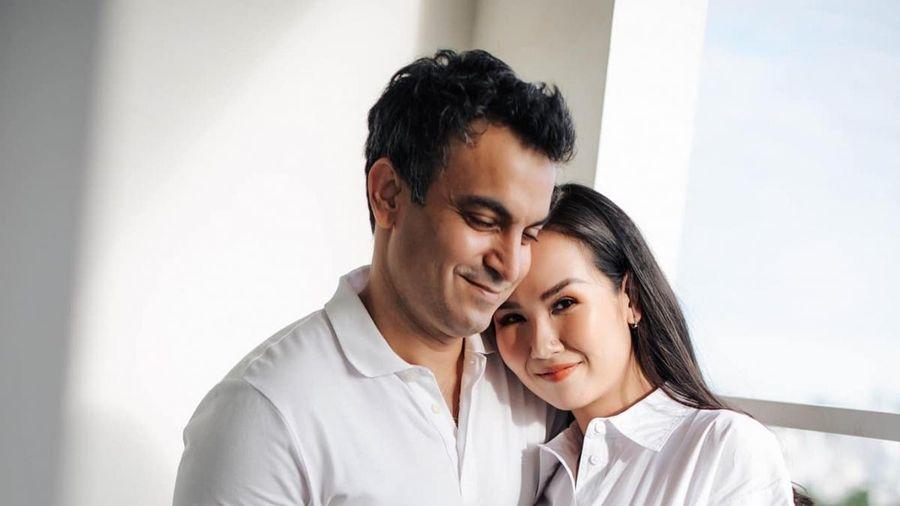 Võ Hạ Trâm thông báo mang thai con đầu lòng, hạnh phúc bên chồng người Ấn Độ