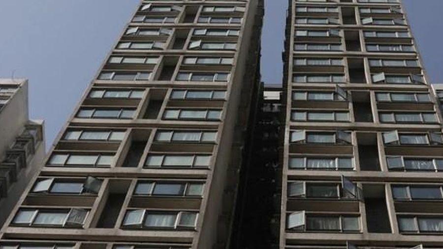 Bé 9 tuổi tử vong khi rơi từ tầng 15 chung cư