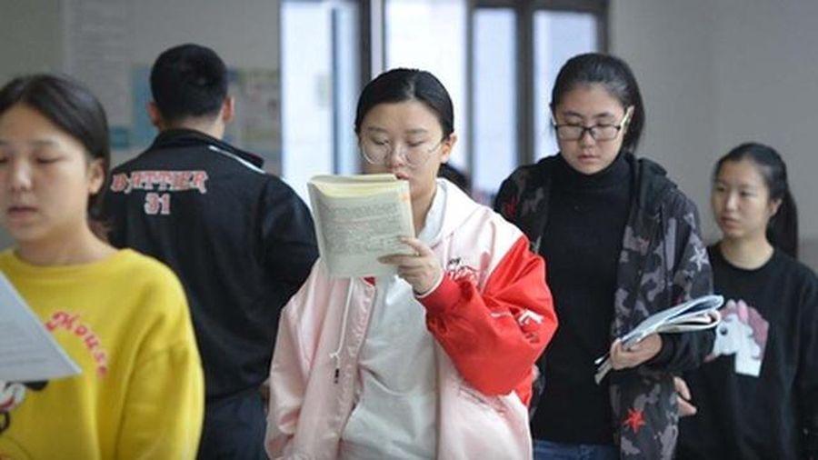 Trung Quốc: Không phân chỉ tiêu tuyển sinh dựa theo giới tính