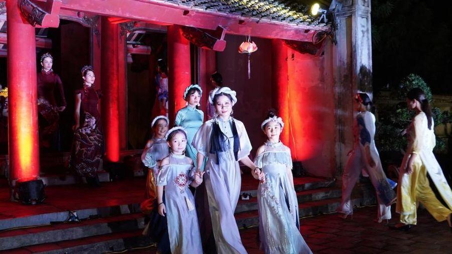 Bảo tàng Phụ nữ Việt Nam tổ chức chuỗi hoạt động ý nghĩa tôn vinh áo dài Việt Nam