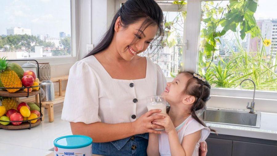 Nestlé giới thiệu sản phẩm mới Nestlé Nam Optipro bổ sung công thức đột phá